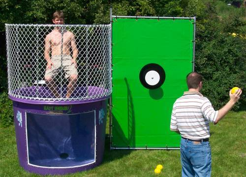 How long does it take to fill the dunk tank with water?